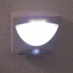 """Šviestuvas su judesio bei šviesos jutikliais """"Mighty light"""""""